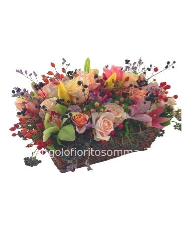 Cesto di fiori assortiti